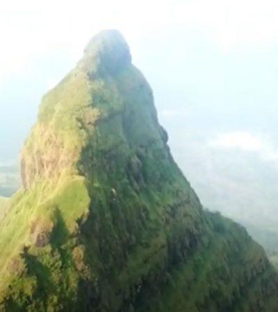 Lingana in Monsoon – Railing plateau